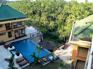 Villa Selat aerial