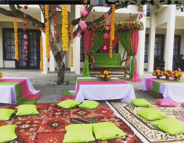 Mhendi Henna Ayodya Resort